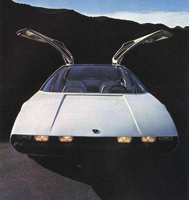 Величезна колекція концептуальних автомобілів 70х років (80 фото)