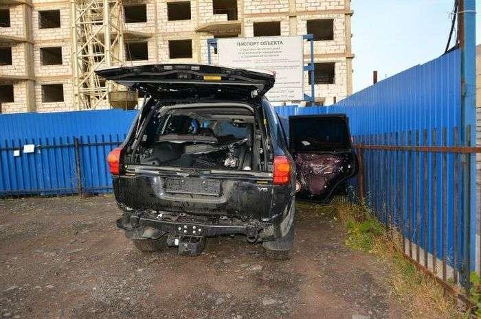 Знайшов викрадений автомобіль по гарячих слідах (11 фото)