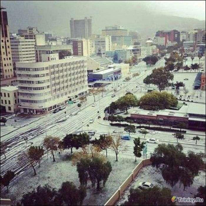 У Південно-Африканському місті Кейптаун випав сніг (11 фото)