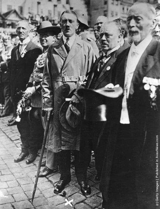 Знімки молодого Адольфа Гітлера (29 фото)