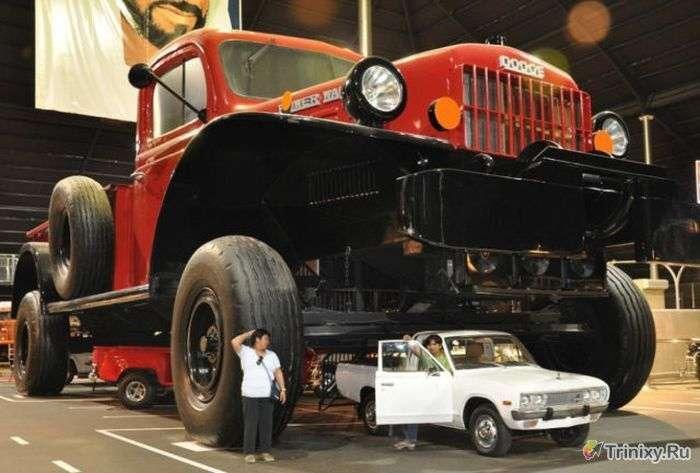 Величезні машини-монстри (35 фото)