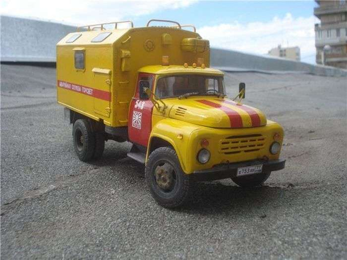 Незвичайний автомобіль аварійної служби (10 фото)