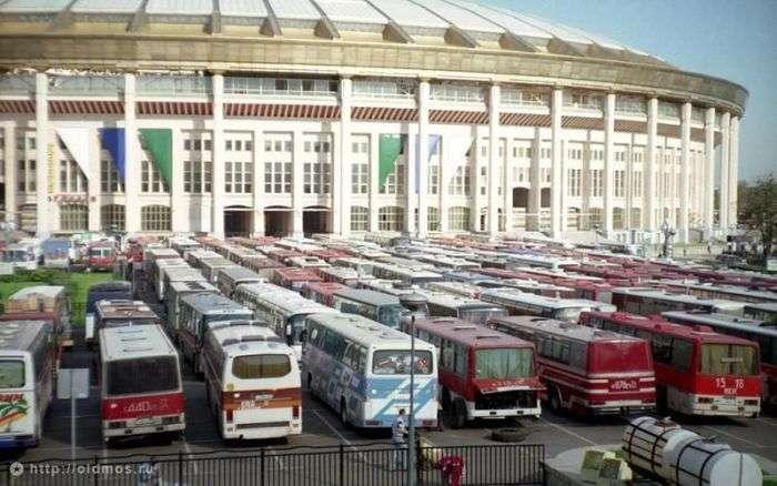 Столиця нашої країни в 90-х роках минулого століття (106 фото)