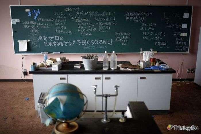 Сучасне місто-привид Наміе в Японії (20 фото)