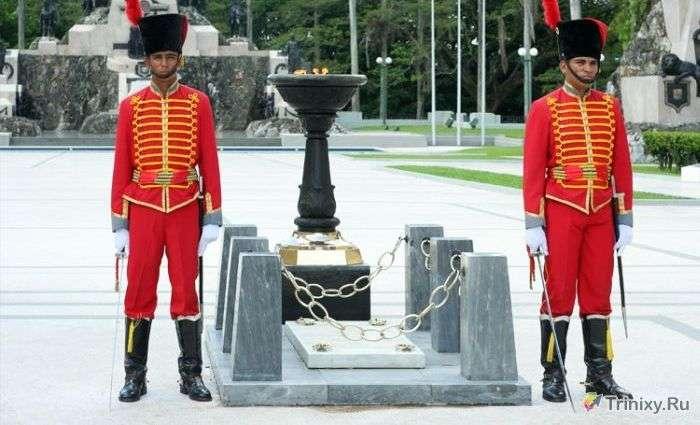 Памятники невідомому солдату в різних країнах світу (37 фото)