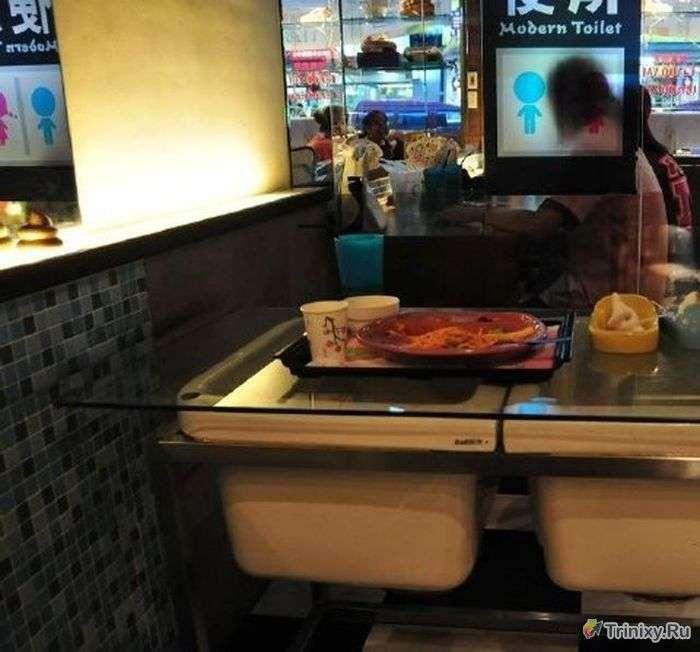 Незвичайний ресторан-туалет в Китаї (38 фото)