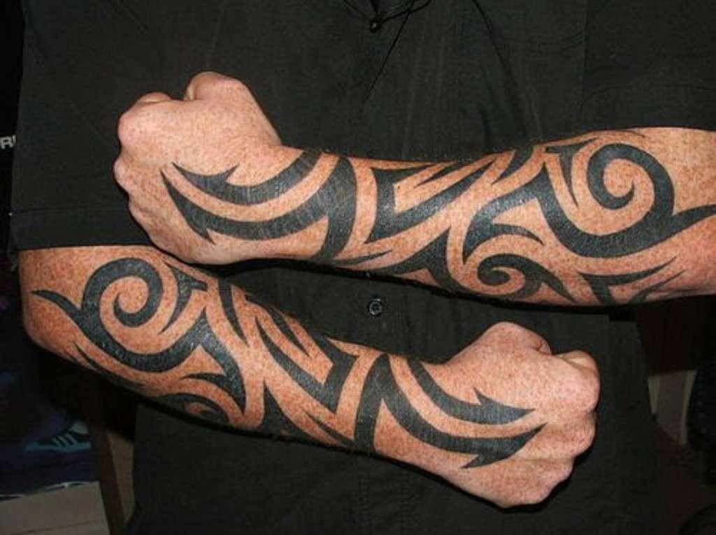 7 типичных татуировок, которые устали делать тату-мастера Приколы